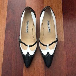 Manolo blahnik heels in size 36